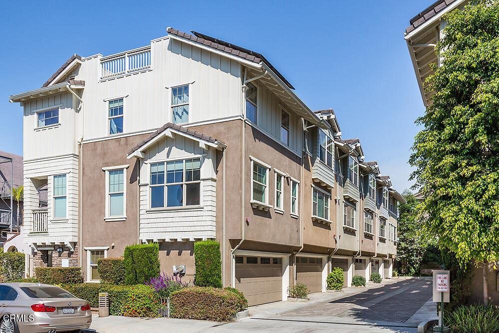 6517 1\/2 La Mirada Avenue, Los Angeles, CA 90038 - MLS#: P1-6822