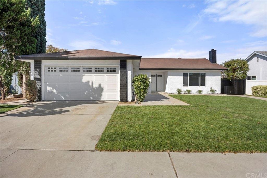 Photo of 3182 N Ashwood Street, Orange, CA 92865 (MLS # PW21233822)