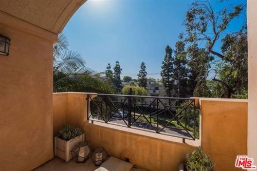 Photo of 16123 W SUNSET #301, Pacific Palisades, CA 90272 (MLS # 19527824)