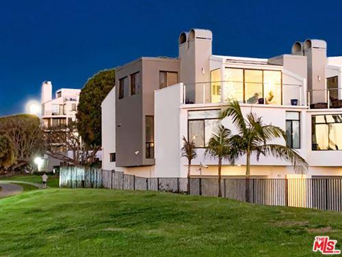 Photo of 43 Sea Colony Drive, Santa Monica, CA 90405 (MLS # 21718824)
