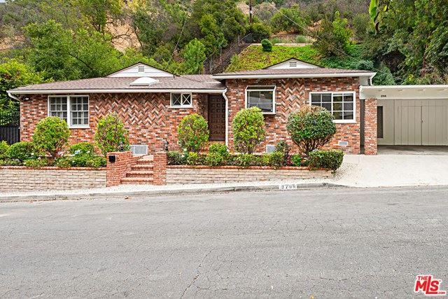 Photo for 3708 Longview Valley Road, Sherman Oaks, CA 91423 (MLS # 20647824)
