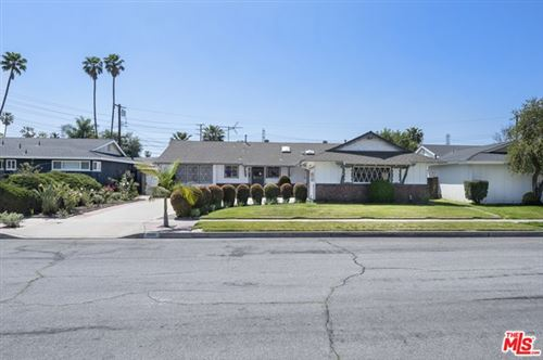 Photo of 1520 W Harle Place, Anaheim, CA 92802 (MLS # 21714826)