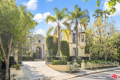 Photo of 3352 Clerendon Road, Beverly Hills, CA 90210 (MLS # 21720826)