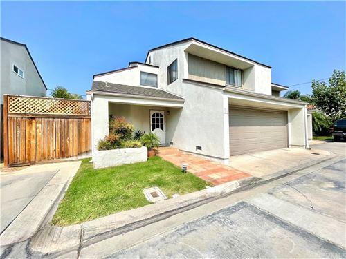Photo of 2524 Elden Avenue #6, Costa Mesa, CA 92627 (MLS # NP21187826)