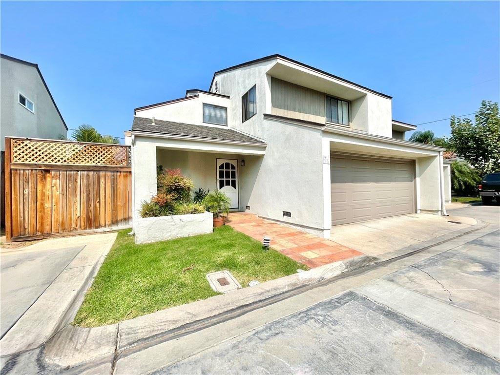 2524 Elden Avenue #6, Costa Mesa, CA 92627 - MLS#: NP21187826