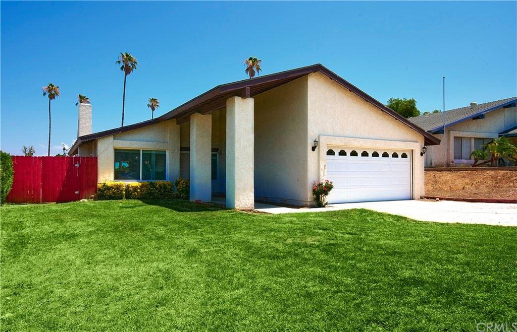 2183 Applegate Drive, Corona, CA 92882 - MLS#: OC21161826