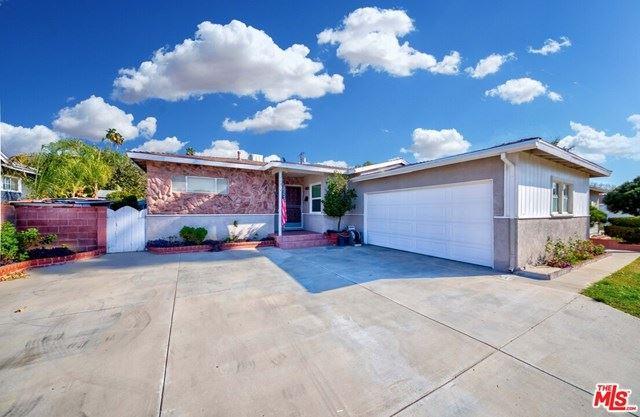 Photo for 11014 Gaynor Avenue, Granada Hills, CA 91344 (MLS # 20657828)