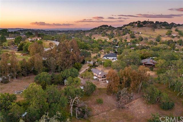 Photo of 8769 Sierra Vista Road, Atascadero, CA 93422 (MLS # NS21071829)