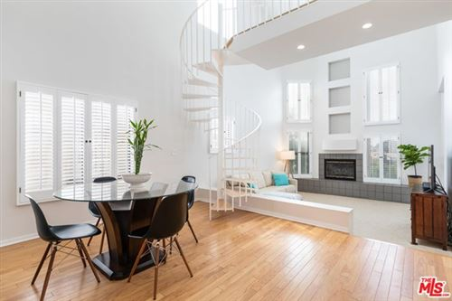 Photo of 16137 W Sunset Boulevard #301, Pacific Palisades, CA 90272 (MLS # 20609830)