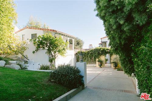 Photo of 1046 Chautauqua Boulevard, Pacific Palisades, CA 90272 (MLS # 21775830)