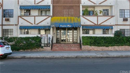 Photo of 18530 Hatteras Street #214, Tarzana, CA 91356 (MLS # BB20260830)