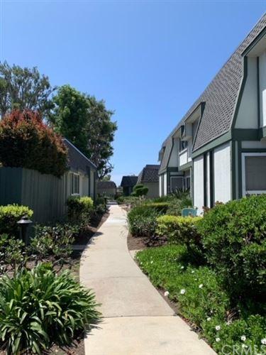 Photo of 8262 Artista Drive, Huntington Beach, CA 92646 (MLS # OC21083830)