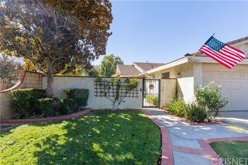 Photo of 25903 Palomita Drive, Valencia, CA 91355 (MLS # SR20229830)