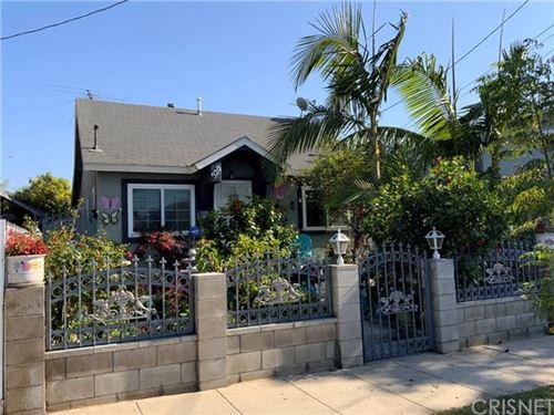 Photo of 520 Fir Avenue, Inglewood, CA 90301 (MLS # SR20242830)