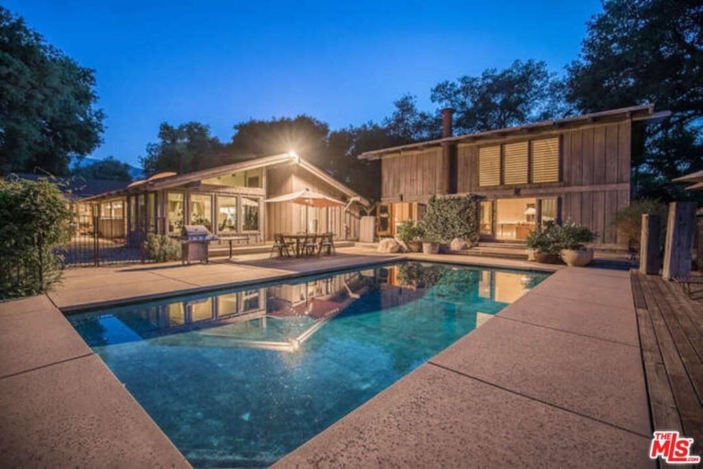 Photo for 15659 Knochaven Street, Canyon Country, CA 91387 (MLS # 21744830)
