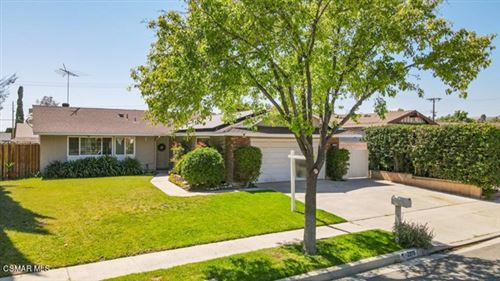 Photo of 2275 Hilldale Avenue, Simi Valley, CA 93063 (MLS # 221002831)
