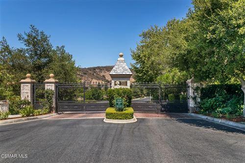 Photo of 1480 Cheviot Hills Court, Westlake Village, CA 91361 (MLS # 221003831)