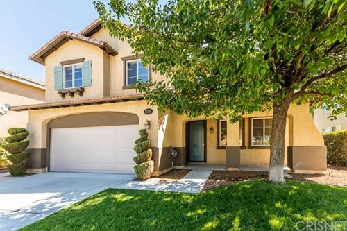 Photo of 30346 Barcelona Road, Castaic, CA 91384 (MLS # SR20156832)