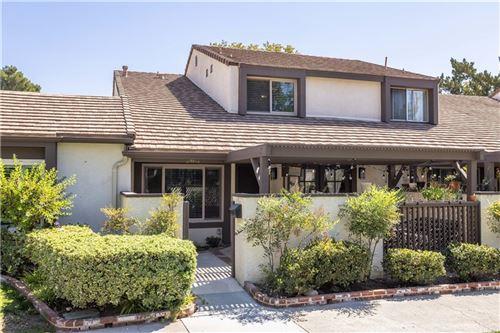 Photo of 24612 Golfview Drive, Valencia, CA 91355 (MLS # SR21202833)