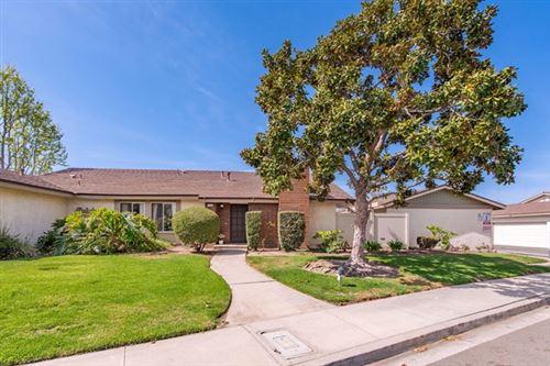 Photo of 508 Holly Avenue, Oxnard, CA 93036 (MLS # V1-4834)