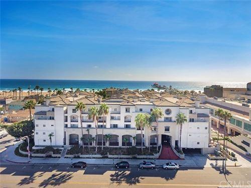 Photo of 200 Pacific Coast Highway #347, Huntington Beach, CA 92647 (MLS # LG20238835)