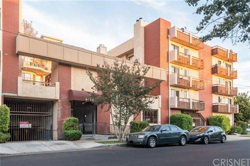 Photo of 8710 Independence Avenue #205, Canoga Park, CA 91304 (MLS # SR20241835)