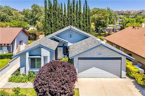 Photo of 27618 Cherry Creek Drive, Valencia, CA 91354 (MLS # SR21125835)