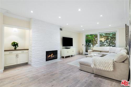 Photo of 11920 Dorothy Street #204, Los Angeles, CA 90049 (MLS # 21674836)