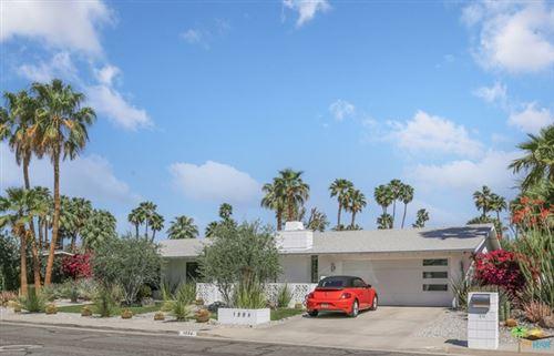 Photo of 1894 E Mcmanus Drive, Palm Springs, CA 92262 (MLS # 21718836)