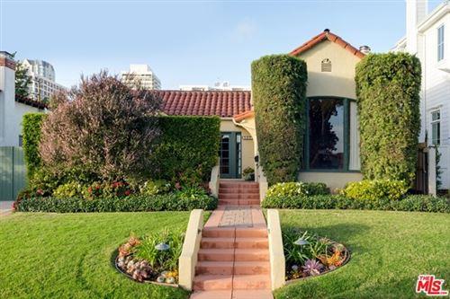 Photo of 10659 ROCHESTER Avenue, Los Angeles, CA 90024 (MLS # 21741836)