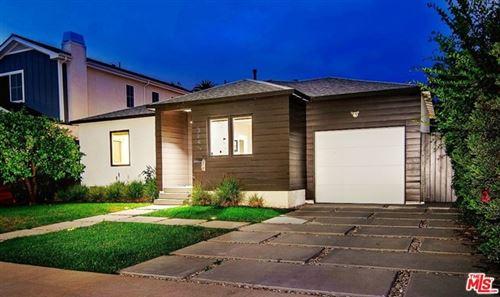Photo of 3849 Bledsoe Avenue, Los Angeles, CA 90066 (MLS # 21748836)