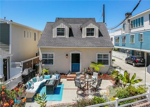 Photo of 709 N Valley Drive, Manhattan Beach, CA 90266 (MLS # SB20138836)
