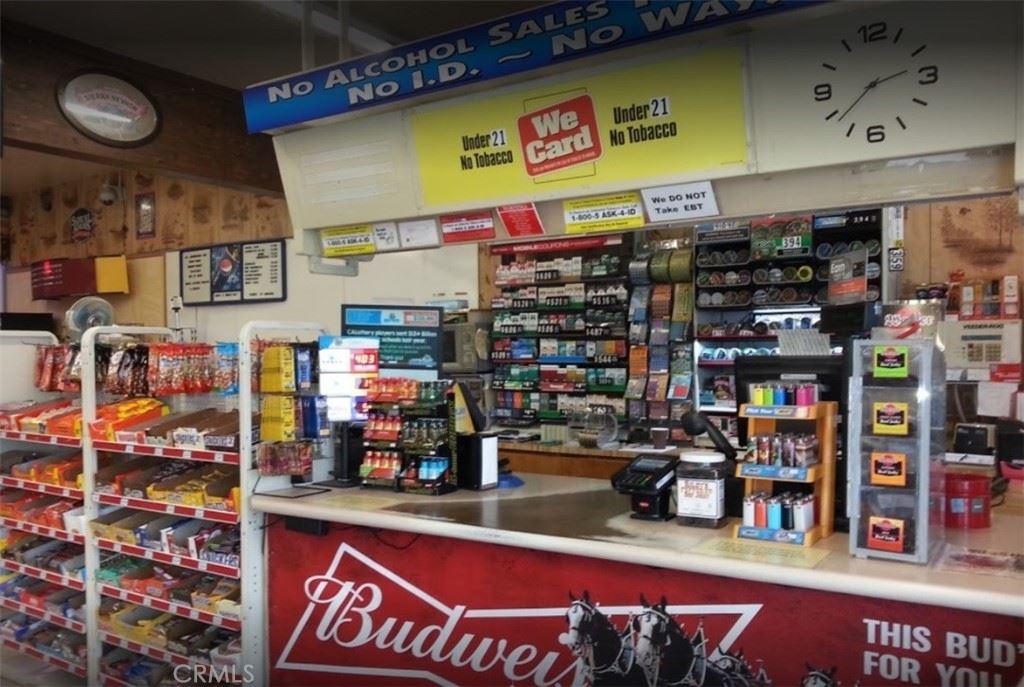 Photo of 156 Eaton Road, Chico, CA 95973 (MLS # SN21136836)