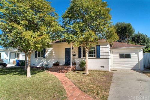 Photo of 5910 Jamieson Avenue, Encino, CA 91316 (MLS # SR20228838)