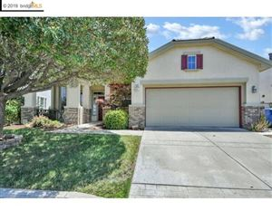 Photo of 593 Valmore Pl, Brentwood, CA 94513 (MLS # 40869839)
