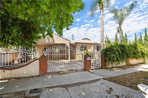 Photo of 18413 Erwin Street, Tarzana, CA 91335 (MLS # IN20101839)