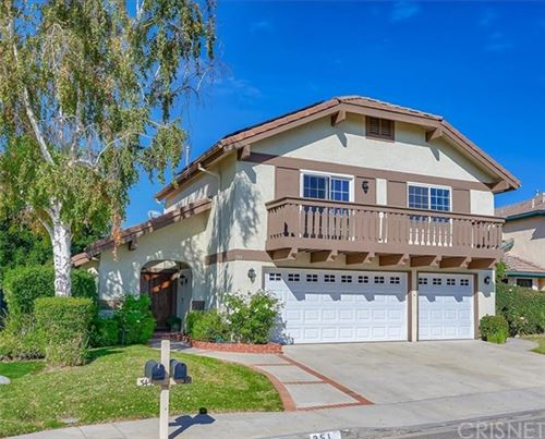 Photo of 351 Countryside Road, Oak Park, CA 91377 (MLS # SR20244839)