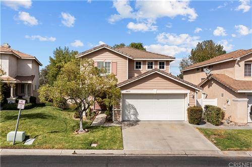 Photo of 19855 Blackbird Lane, Canyon Country, CA 91351 (MLS # SR21223839)