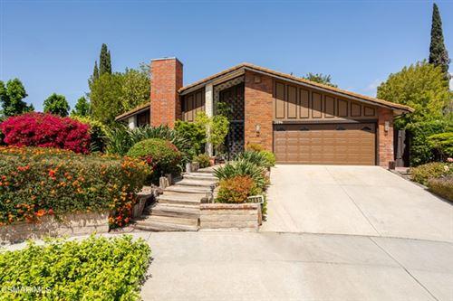 Photo of 2896 Wanda Avenue, Simi Valley, CA 93065 (MLS # 221002840)
