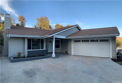 Photo of 20055 Dorothy Street, Canyon Country, CA 91351 (MLS # DW21231840)