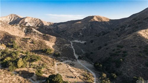 Photo of 5822 Holser Canyon Road, Castaic, CA 93040 (MLS # IV20250841)