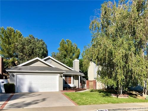 Photo of 32302 Green Hill Drive, Castaic, CA 91384 (MLS # SR20152841)