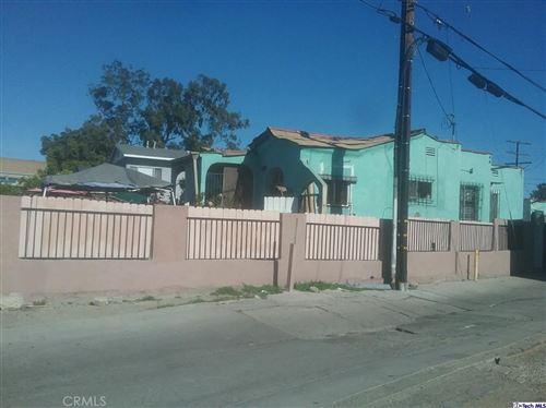 Photo of 2540 S Hauser Boulevard, Los Angeles, CA 90016 (MLS # 320004842)