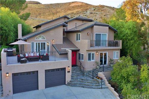 Photo of 28537 Alder Peak Avenue, Canyon Country, CA 91387 (MLS # SR20211842)