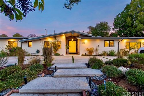 Photo of 4422 Leydon Avenue, Woodland Hills, CA 91364 (MLS # SR21002842)