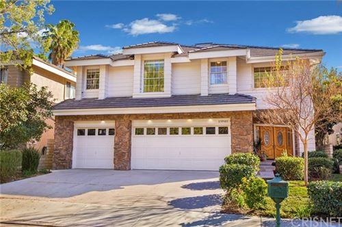 Photo of 25918 Coleridge Place, Stevenson Ranch, CA 91381 (MLS # SR21008842)