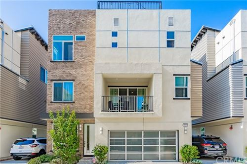 Photo of 577 Donovan Lane, Costa Mesa, CA 92626 (MLS # OC20127843)