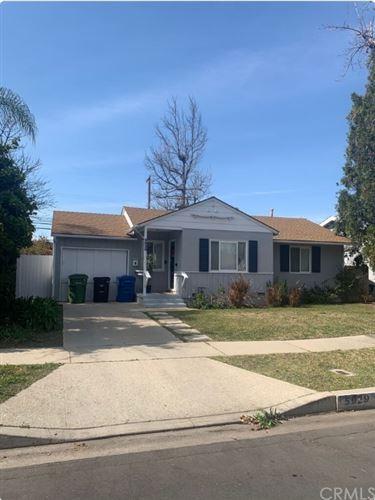 Photo of 5929 Hesperia Avenue, Encino, CA 91316 (MLS # OC21203843)