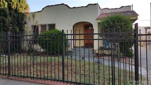 Photo of 834 N Ridgewood Place, Hollywood, CA 90038 (MLS # SR20246843)