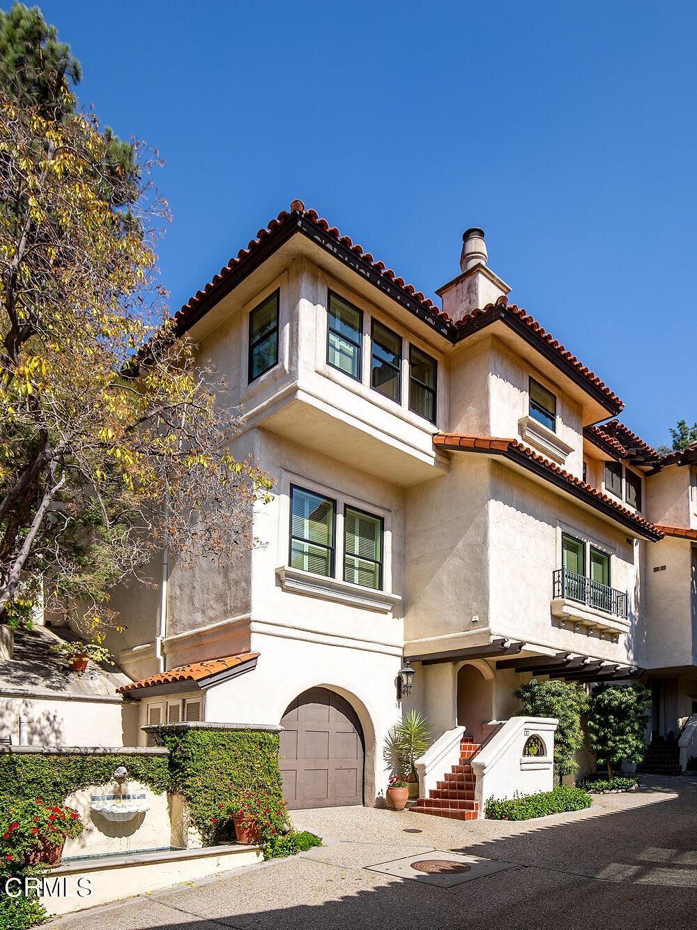 Photo of 66 N Arroyo Boulevard, Pasadena, CA 91105 (MLS # P1-6843)